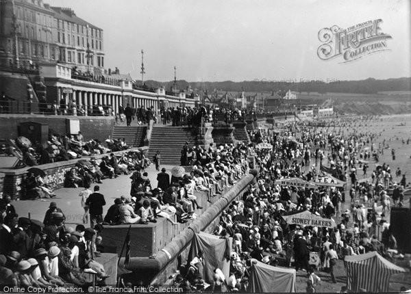 Bridlington, North Beach c.1932