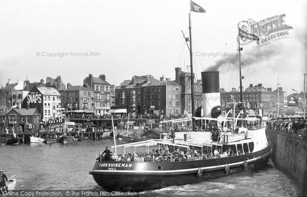 Photo of Bridlington, SS Yorkshireman 1932