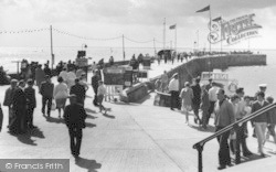 Bridlington, The North Pier c.1960