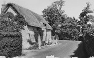 Brighstone, Bakehouse Cottage c.1960