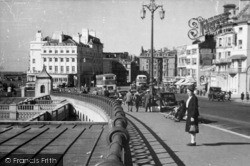 Brighton, Aquarium Roundabout From East c.1950
