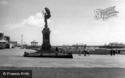 Brighton, King Edward Vii Memorial And Promenade c.1955