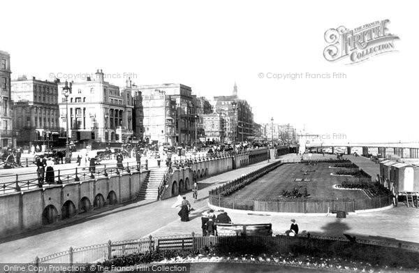 Brighton, King's Road Looking East 1902