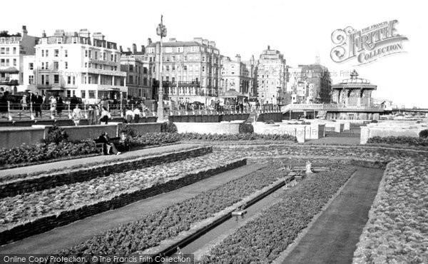 Brighton, Promenade Gardens c.1955
