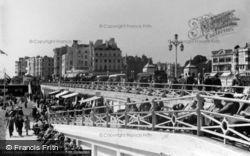 Brighton, The Aquarium Slope c.1955