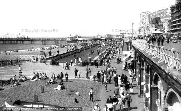 Brighton, The Beach And Putting Green c.1955