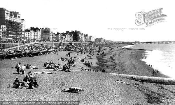 Brighton, The Beach c.1955