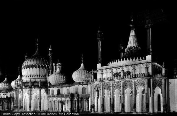 Brighton, The Pavilion c.1955