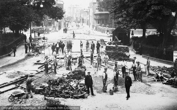 Brighton, Tramway Construction, The Steine c.1904