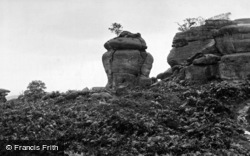 Brimham Rocks, The Crown Rock Or The Elephant's Head c.1960