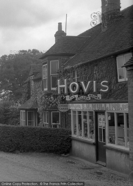 Brimpton, Village Shop 1939