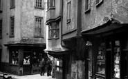 Bristol, Christmas Street c1950