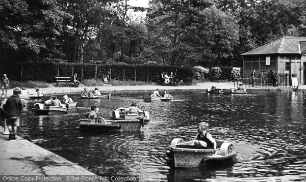 Bristol, Eastville Boating Lake c.1950