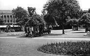 Bristol, Fishponds Memorial Park c.1950