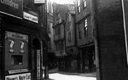 Bristol, Old St Barts Entrance c.1935