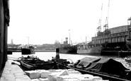 Bristol, the Docks c1950