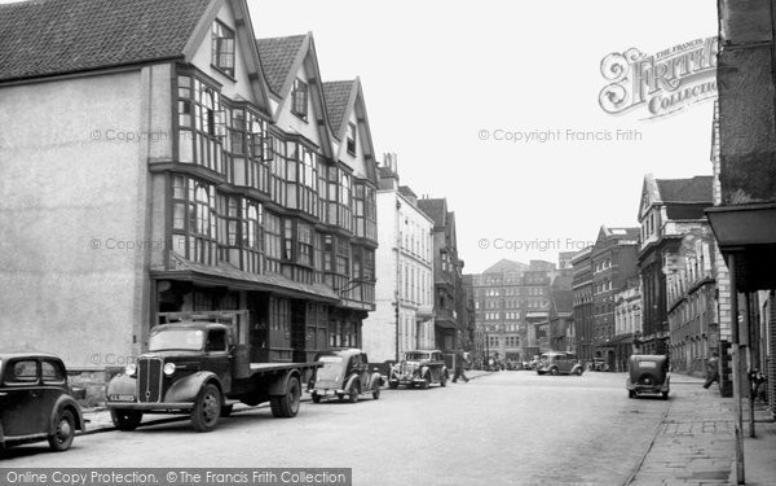 Photo of Bristol, Ye Llandoger Trow c1950