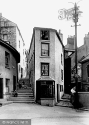 Brixham, Coffin House 1922