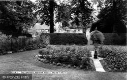 Broad Chalke, The Garden, Reddish House c.1955