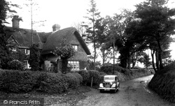 Broad Hinton, The Post Office c.1945