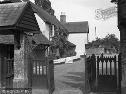 Broadclyst, The Red Lion 1950