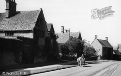 Broadway, Mary Anderson's House c.1955