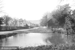 Brockham, Pond 1906