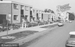 Priory Estate Houses 1966, Broken Cross