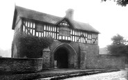 Bromfield, Priory Gatehouse 1924