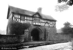 Bromfield, Priory Gatehouse 1924