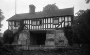 Bromfield, Priory Gateway 1924