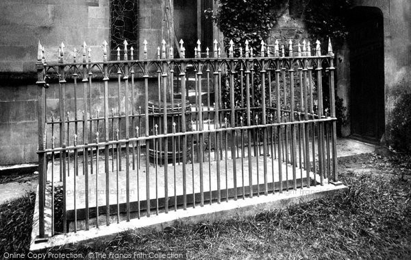 Bromham, Church, Tom Moore's Grave 1899