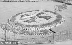 Bromley, Floral Clock, Library Gardens c.1955