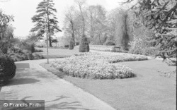 Bromley, Library Gardens 1967