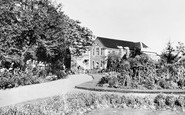 Bromley, The Library Gardens 1948