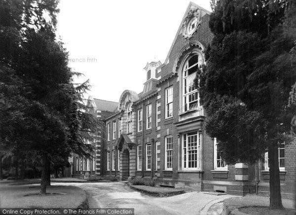 Bromsgrove, County High School c.1955