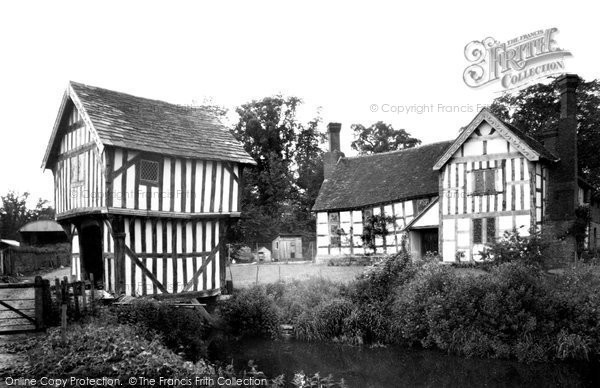 Bromyard, Lower Brockhampton Hall 1952