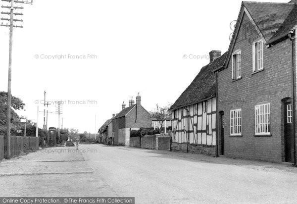 Broom, Village c.1955