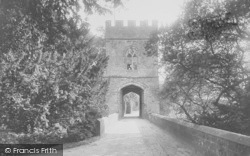 Broughton, Castle 1922