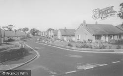 Fairways Avenue 1966, Broughton