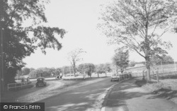 The Roundabout 1966, Broughton