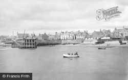 Broughty Ferry, The Foreshore c.1895