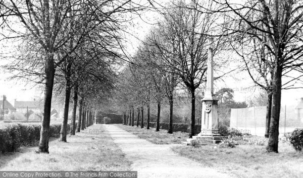 Broxbourne, Church Walk And Memorial c.1955