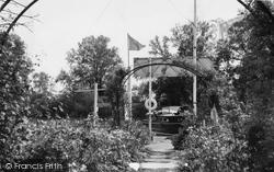 Brundall, The Gardens, Tidecraft c.1965