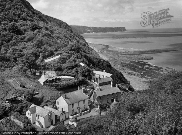 Bucks Mills, and Clovelly Bay 1930.  (Neg. 83483)  © Copyright The Francis Frith Collection 2008. http://www.francisfrith.com