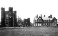 Buckden, The Gatehouse And The Palace 1906
