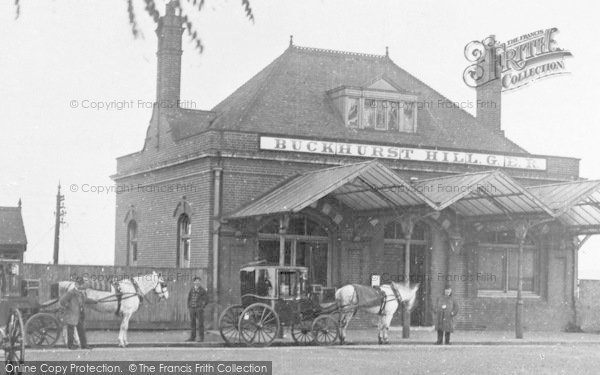 Buckhurst Hill Station, ref. 73932