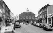 Buckingham, Market Square c.1965