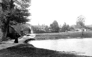 Buckland, Pond And School 1906