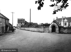 Buckland St Mary, The Village c.1955